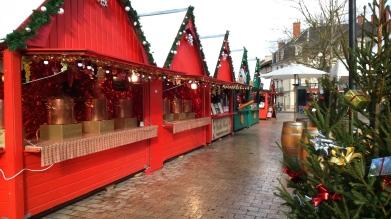 Vin chaud sur le marché de Noël de Dijon (1)