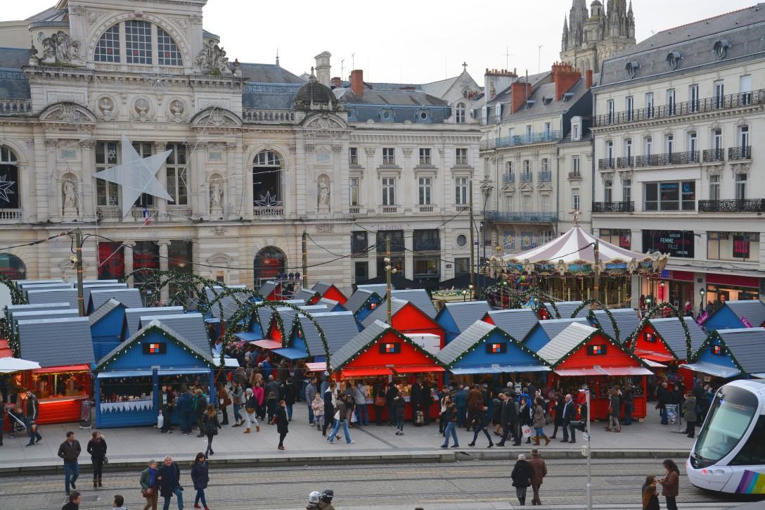 Vue d'ensemble sur le marché de Noël d'Angers